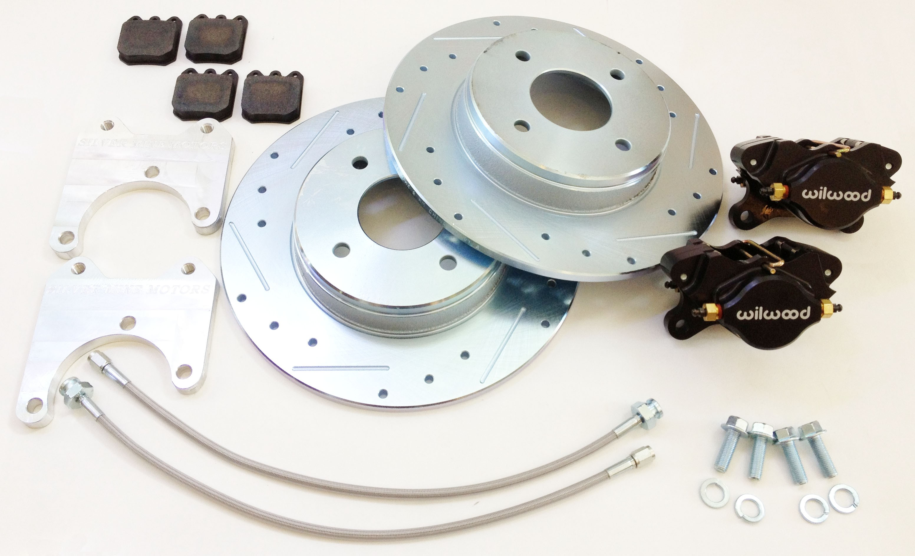 Datsun 510 rear Wilwood 2 piston caliper brake upgrade kit